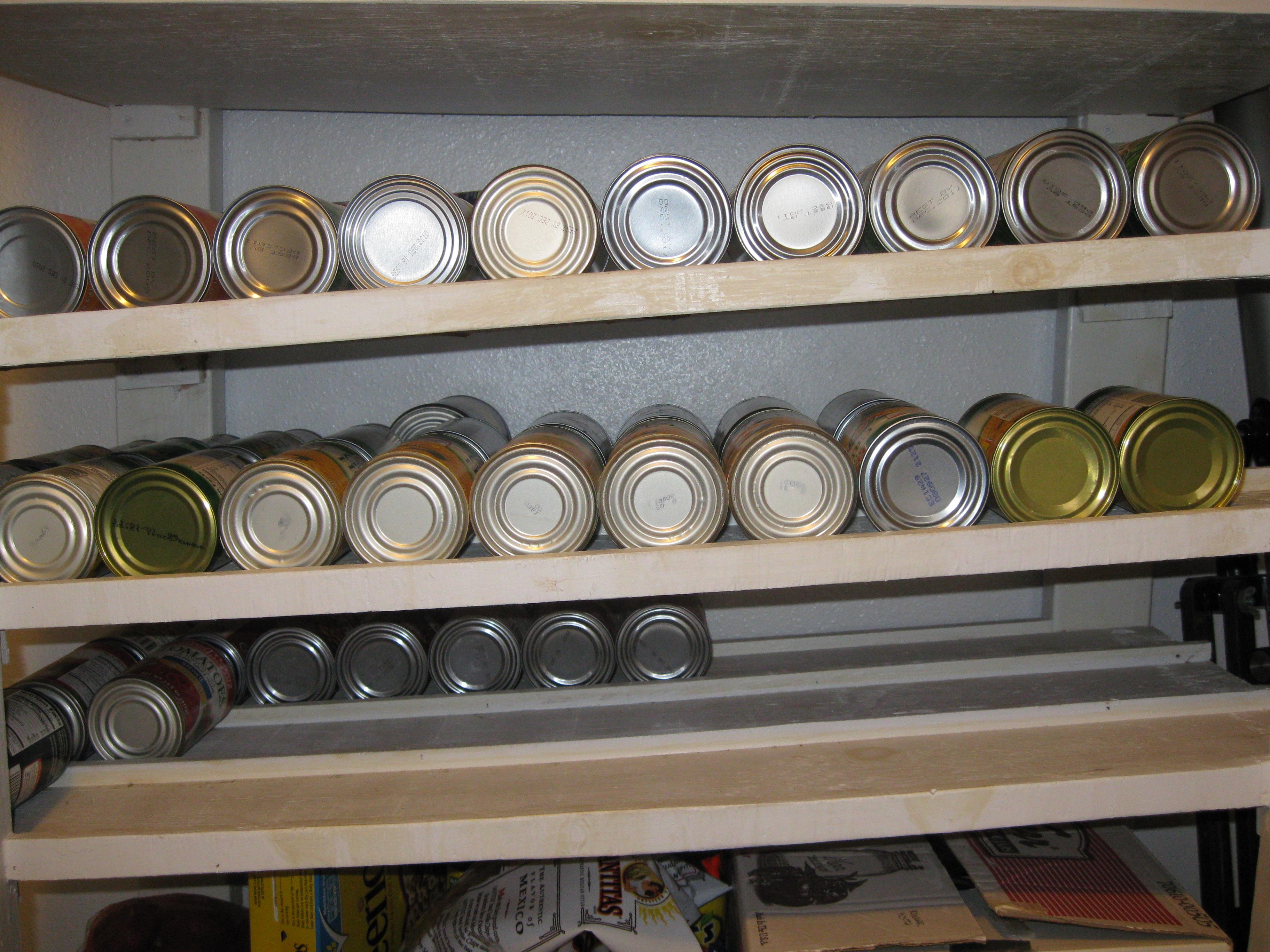 shelf quake design